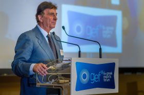 Ομιλία: Παναγιώτης Κ. Κουτσίκος, Επιχειρηματίας, Πρόεδρος, ΕΤΕΕ-ΕΒΕΒΕ, Αντιπρόεδρος Ελληνικού Συνδέσμου Τουρισμού Υγείας, Επίτιμος Πρόξενος του Ελ Σαλβαδόρ στην Ελλάδα - Τίτλος Ομιλίας: «Ελληνοβουλγαρικές Επιχειρηματικές Σχέσεις»