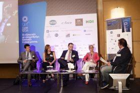 Panel II:  Χρηματοδότηση και ασφάλιση εξαγωγών -  Στο πάνελ συμμετείχαν οι ομιλητές (από αριστερά στην φωτογραφία): 'Αλκης Δρακινός, Αναπληρωτής Επικεφαλής Γραφείου Ελλάδας, EBRD, Ελίνα Παπασπυροπούλου, Director, Insurance Technical Division, HDI Global SE, Hellas, Νικόλαος Βαγιάνης, Υπεύθυνος Πωλήσεων & λειτουργιών Ελλάδος, Coface, Εύη Πασσά, Διευθύντρια Διεύθυνσης Συναλλακτικής Τραπεζικής Ομίλου, Εθνική Τράπεζα. Συντονιστής του πάνελ: Νώντας Χαλδούπης, Δημοσιογράφος